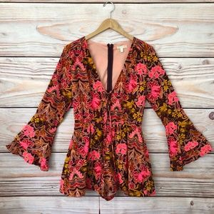 GB GIANNI BINI Bell Sleeved Romper Laced Front, M